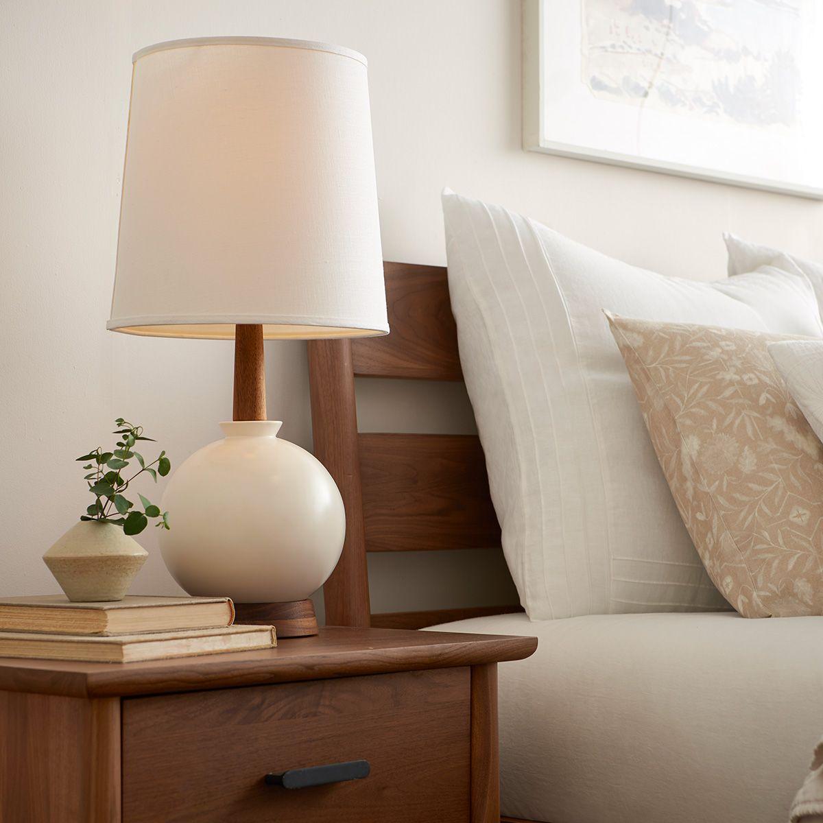 How to Choose Bedroom Lighting